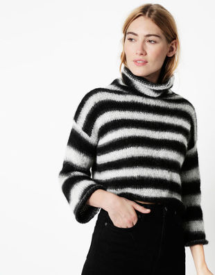 06 relax knit through it sweater1.jpg20180518 156 1srr8kv